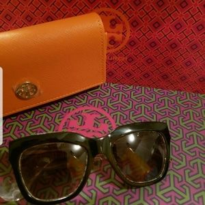 NEW Black TORY BURCH Sunglasses TY 7126 1740/13